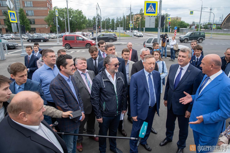 Пресс-подход врио губернатора Санкт-Петербурга Александра Беглова