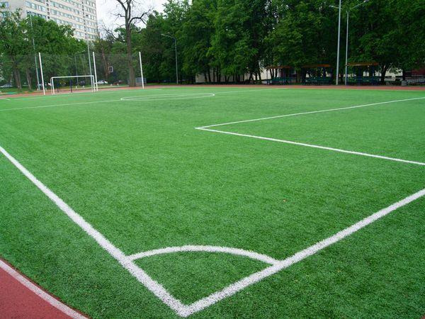 Год спустя: как выглядит спортивный комплекс школы №76 Выборгского района