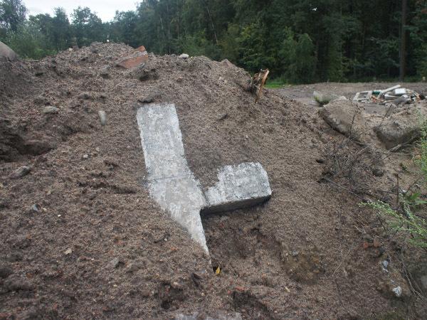 Полковник Баранов пошел на похоронку: незамедлительно и с осведомителями