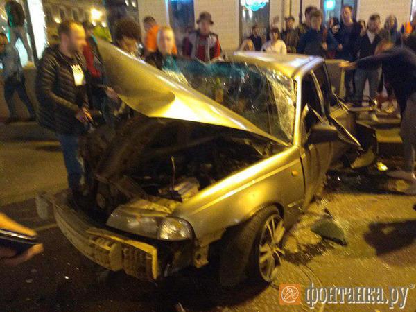 Нетрезвый водитель «Нексии», устроивший тройное ДТП на Невском, проехал мимо Уголовного кодекса