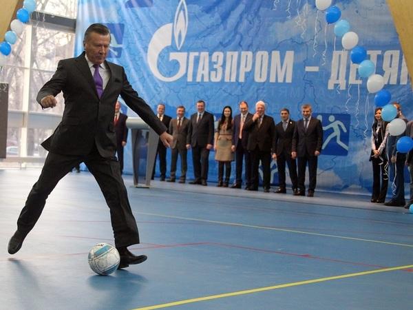 Детский миллиард. Малоизвестная фирма из Всеволожска стала основным исполнителем спортивного проекта «Газпрома»