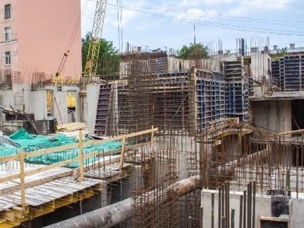 Выполнена большая часть работ по усилению конструктива дома на Выборгской,4