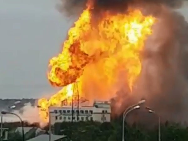 В Мытищах горит Северная ТЭЦ. Очевидцы сообщают о полыхающих газовых резервуарах