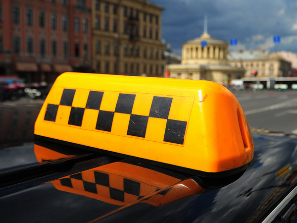 Не поделили такси. Как «Яндекс» и Mail.Ru поссорились из-за «Везет», и станут ли из-за этого поездки дороже