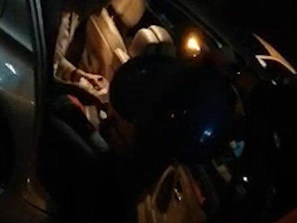 «Вдыхайте, полиция!» Два баллона с веселящим газом достали из BMW сотрудника ГУ МВД по Петербургу