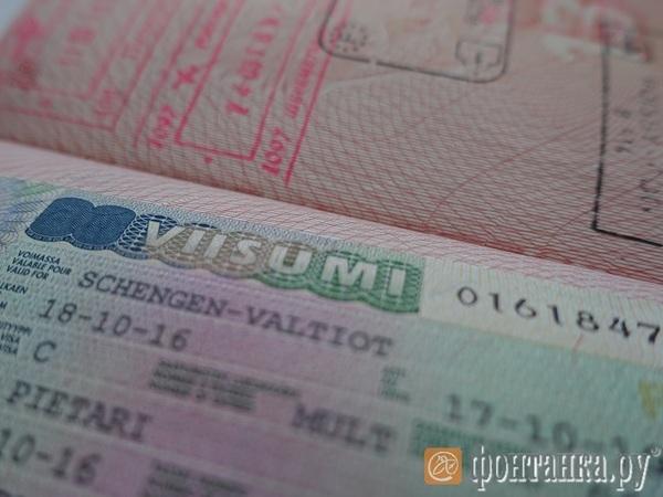Спрос на финские визы в Петербурге за месяц вырос на четверть. Сроки выдачи растянулись из-за наплыва заявлений