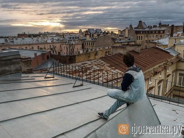 Крыша петербургских кровель. Как устроен многомиллионный черный рынок экскурсий