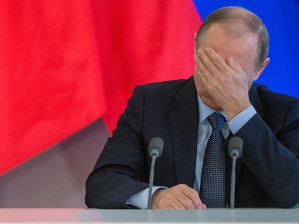 «Трудно делать прогнозы». Как Путин второе десятилетие говорит о своем президенстве