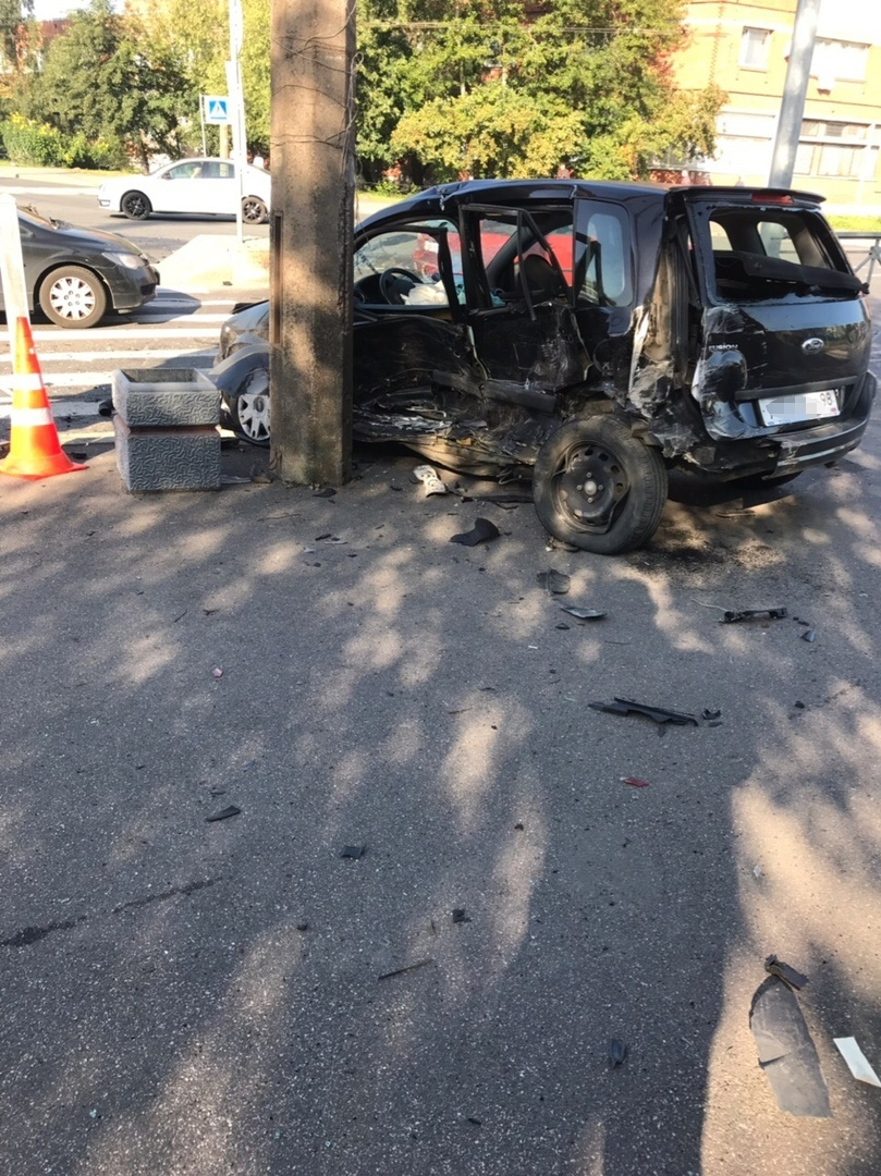 ДТП на Книпович, после которого «Опель» потерял двигатель, оказалось смертельным