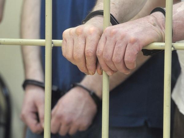 Забытый в Крестах. Как следствие в суде не выпросило ареста для обвиняемого в покушении на убийство журналиста
