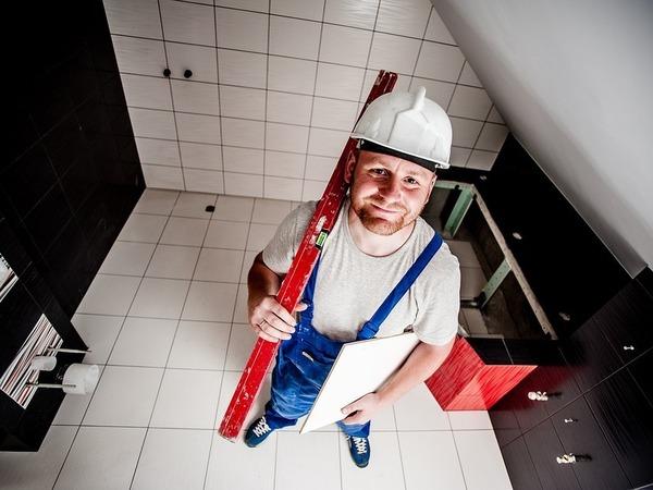 Кадровый голод петербургских строителей: от рабочих до руководителей