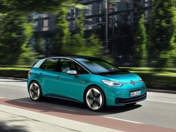 Третий важнейший и первый электрический. Volkswagen наконец представил ID.3