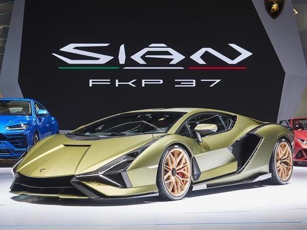 Первый Lamborghini с электричеством стал самым быстрым в истории марки