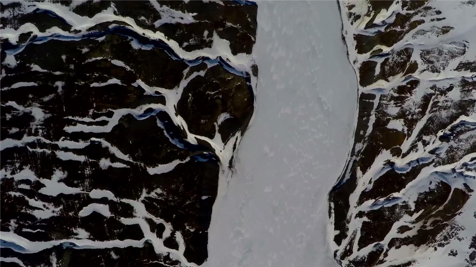 Авангардное кино, «нордический Шаляпин» и фолк-рок с Фарер. В Петербурге стартовали «Недели Северных стран» (Иллюстрация 1 из 1) (Фото: https://vk.com/event185398813 (Воспоминания о ландшафте. Исландский видеоарт), Послание к человеку)