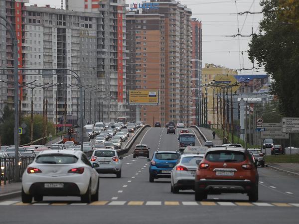 Укатали дорогу. Гражданский проспект покрыли новым асфальтом от Кушелевского путепровода до Суздальского проспекта