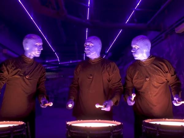 скриншот с Youtube.com (Blue Man Group)