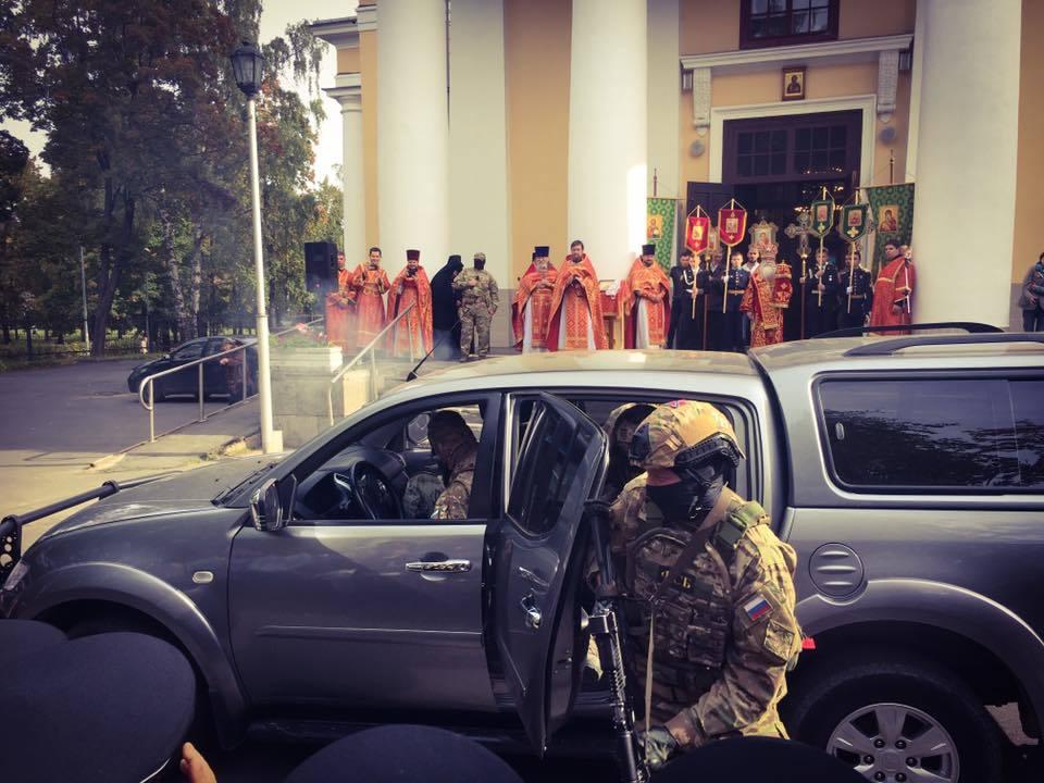 На церковном празднике вКарелии силовики провели показательное задержание