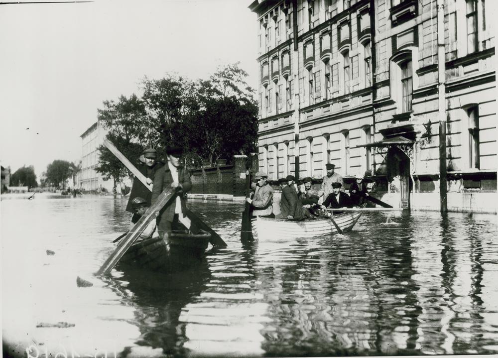 Фото:  Центральный государственный архив кинофотофонодокументов Санкт-Петербурга