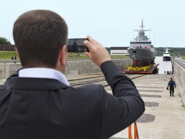 Заставит ли «Пелла» плясать ОСК: Петербург ждет нового стратегического строителя ледоколов и супертраулеров