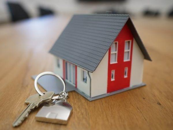 В ПСК рассказали о владении апартаментами