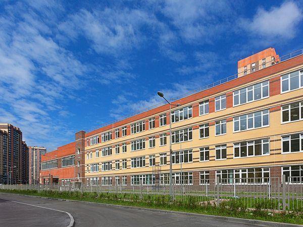 Школа №469 и 4 очередь ЖК «Юнтолово» вошли в число «Лидеров строительного качества»
