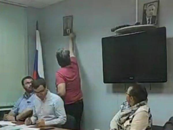 Как оппозиция в Петербурге сняла Беглова и Путина. А потом повесила