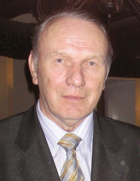 Юрий Савельев