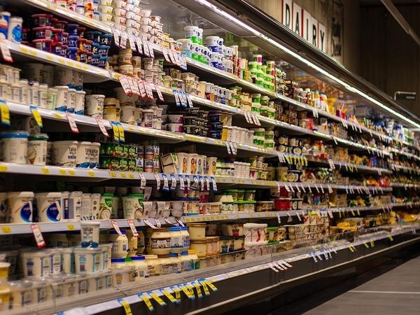 Россияне по-прежнему ездят в Финляндию на шопинг, но тратят заметно меньше