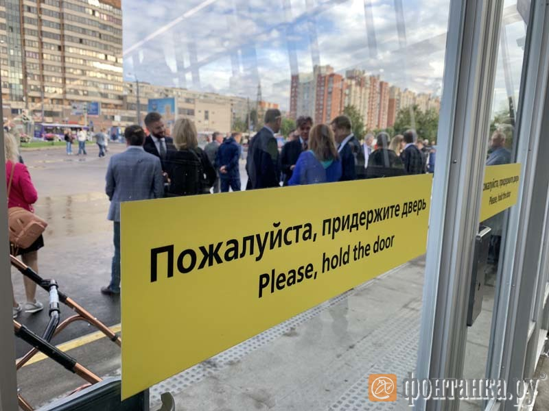 Беглов приехал наоткрытие новых станций метро исказал, что ихнеоткроют