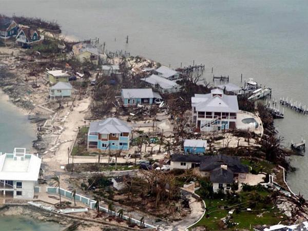 «Будто бы взорвалась атомная бомба»: Америка поможет ликвидировать последствия урагана «Дориан» на Багамах