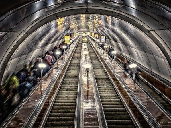 26 февраля - круглый стол «Кто построит метро в Петербурге? Альтернативные варианты»