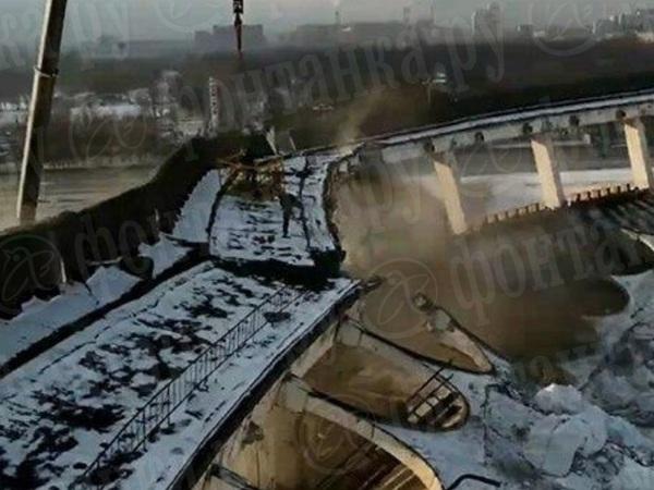 «Предложение – выйти из люльки». «Фонтанка» публикует переговоры рабочих перед обрушением СКК