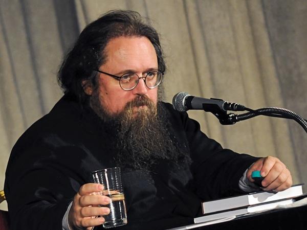 «Происходит профанация церкви в глазах обывателя». Андрей Кураев о том, куда идёт православие