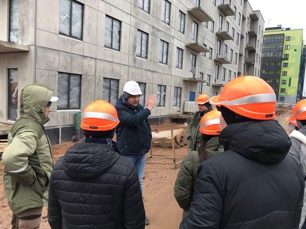 ГК «Ленстройтрест» встретилась с дольщиками своих кварталов