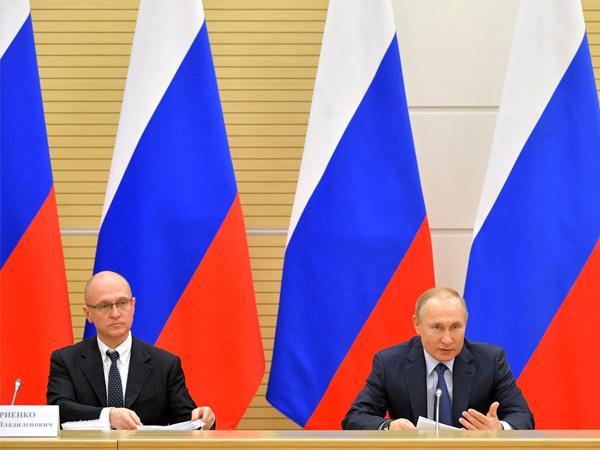 Сергей Кириенко (слева) и Владимир Путин / фото с сайта kremlin.ru