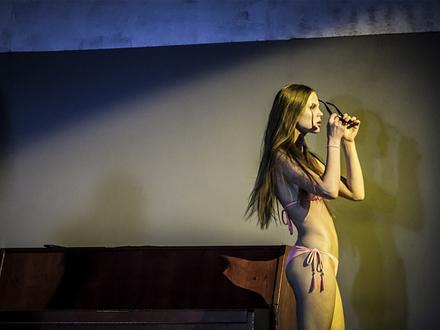 кадр из спектакля «Мученик» / фото с официального сайта «Гоголь-центра»