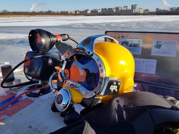 Водолазы приостановили поиски девочки, провалившейся под лед в Лахтинском разливе